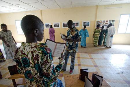 vernissage exposition, 3 et 4 février 2008 © Harandane Dicko