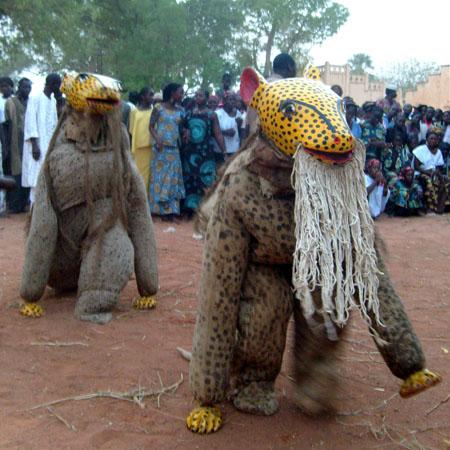festival des Masques et Marionnettes de Markala, février 2008 © Tiécoura N'daou