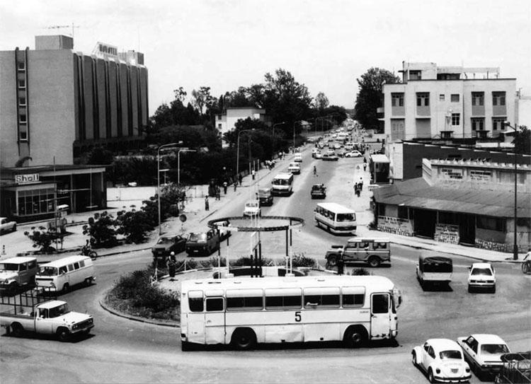 Rond point à Bujumbura, 1986. © ABP