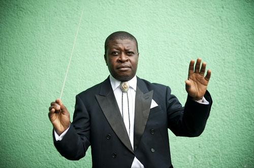 Armand Diangienda est le chef de l'Orchestre Symphonique Kimbanguiste à Kinshasa © Vincent Boisot