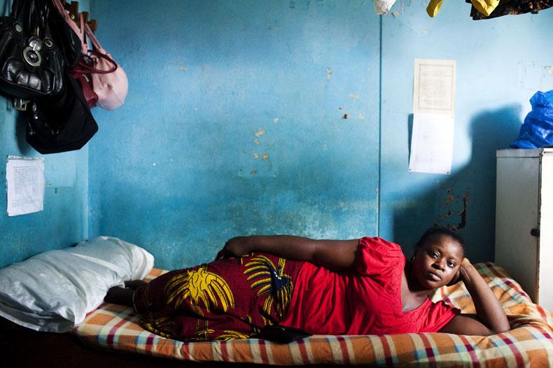 Rebecca, étudiant en licence de sciences du langage et communication. © Camille Millerand
