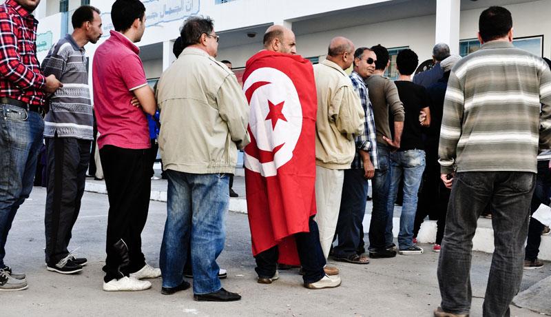 les tunisiens votent © Akram Meloman