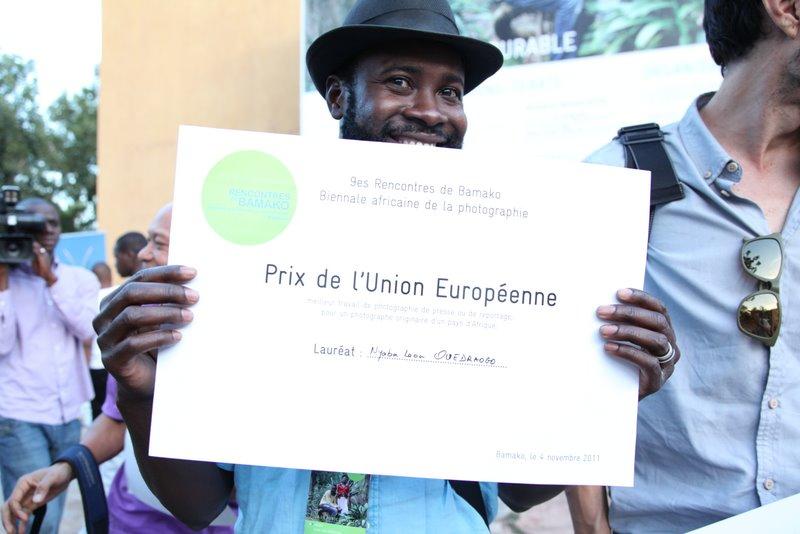 Remise du Prix de l'UE à Nyaba Léon Ouedraogo (ex aequo) © Sébastien Rieussec