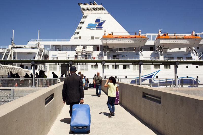 Embarcadère au port de Marseille en direction de l'Algérie.© Camille Millerand