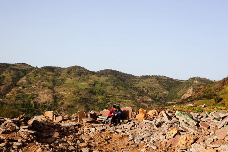 Imoula, collé àM'CISNA, oùles gamins du village attendent toujours qu'on leur construise un espace culturel.© Camille Millerand